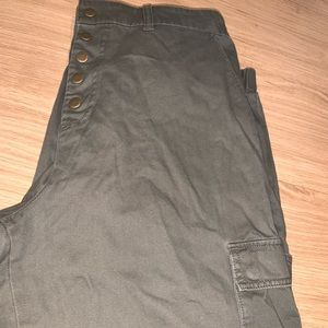 *NEW* never worn Army green cuffed pants.